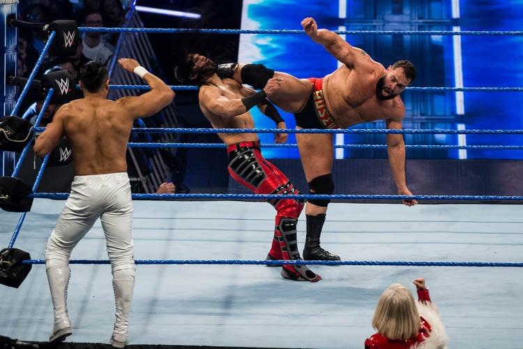 20190409MF022_WWE_Smackdown-lpr.jpg