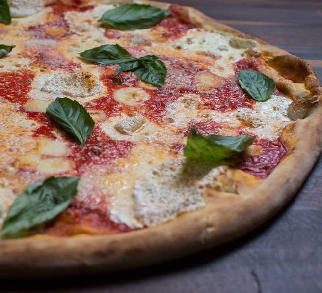 table-87-pizza-close-1-656x596.jpg